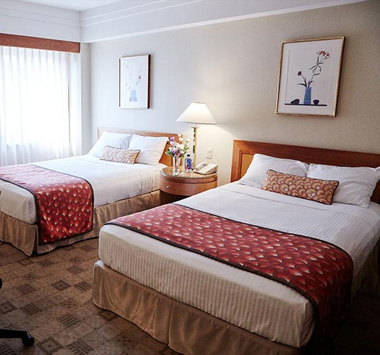 Accessible Superior Double Double with Roll In Shower at The Kitano Hotel New York Hotel