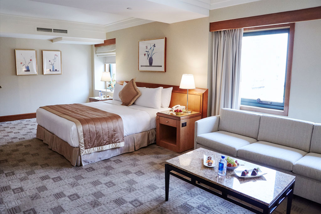 King Junior Suite at The Kitano Hotel New York Hotel